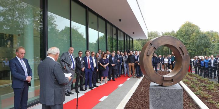 Opening innovatief state-of-the-art kantoorgebouw Endress+Hauser
